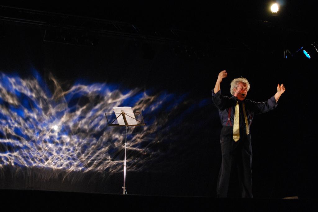 """""""Novecento"""" al Teatro Filodrammatici"""