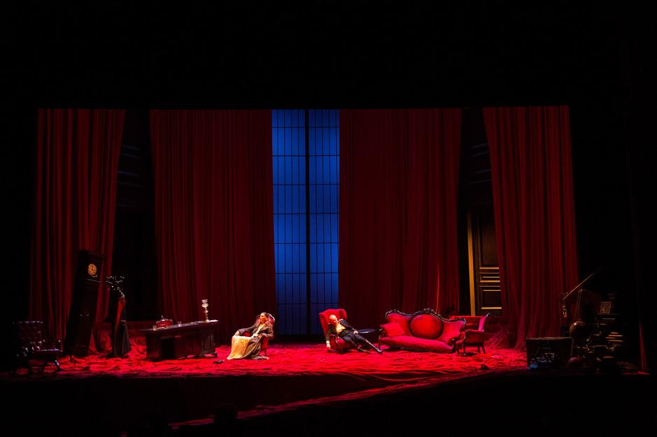 """""""Il padre"""" al Teatro Elfo Puccini"""