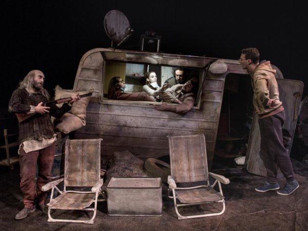 """""""Cous Cous Klan"""" al Teatro Elfo Puccini"""